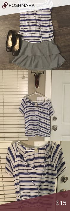 Paper Crane size M super soft blouse Really pretty blue and white stripes. Very comfortable and airy. This is cute for work or weekends. Paper Crane Tops Blouses