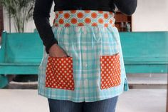 Turn a shirt into an apron.  /  Oh my-- now I know what to do with one of my blouses!!!!  Perfect idea!