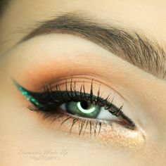 A little glitter is always a good idea! This look by Diamante Make Up uses Makeup Geek Eyeshadow in Creme Brulee.