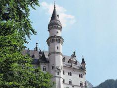 Tower of castle Neuschwanstein, © Tourismusverband Allgäu/Bayerisch-Schwaben e.V…