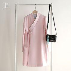 Pin by 영은 on 생활한복 in 2019 Modest Fashion, Hijab Fashion, Love Fashion, Korean Fashion, Fashion Dresses, Womens Fashion, Fashion Design, Korean Traditional Dress, Traditional Dresses