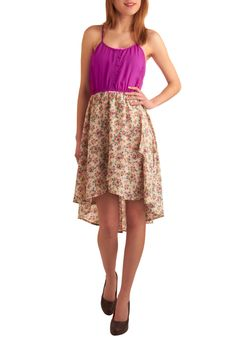 Fun and Flirty! Perfect for a warm Sunday afternoon stroll through the square.