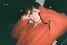How can someone look this cute? Oh yeah, he's a big puppy. Mingyu Wonwoo, Seungkwan, Woozi, Hip Hop, Dramas, Vernon Chwe, Kim Min Gyu, Choi Hansol, Won Woo