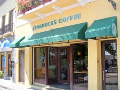 Starbucks - Old San Juan (Puerto Rico) - The single Starbucks store where I found Coconut Frappuccino
