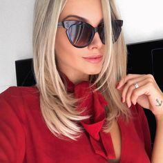 @bianca_petry sempre arrasa nas produções, mas essa combinação do #vermelho com os #óculosgatinho #fendi ficou #show. Você ficou ainda mais linda Bianca! Ótima escolha!!