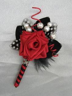 #lapelpin #roses