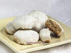 Perníčky s bielou polevou • Recept | svetvomne.sk Garlic, Dairy, Eggs, Bread, Cheese, Vegetables, Breakfast, Advent, Basket