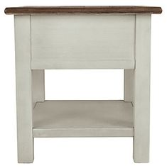 Bolanburg End Table | Ashley Furniture HomeStore Dining Room Server, Counter Height Dining Table, Chair Side Table, End Tables, Design Living Room, Vintage Farmhouse, Farmhouse Style, Farmhouse Decor, Weathered Oak