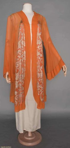 """( 1 of 2 photos) JEANNE LANVIN LAME COAT, LATE Pumpkin orange silk chiffon, silver lame in stylized dot & swirl designs, white on white label """"Jeanne Lanvin Paris Unis France"""" 30s Fashion, Kimono Fashion, Fashion History, Art Deco Fashion, Vintage Fashion, Fashion Outfits, Clothing And Textile, Antique Clothing, Historical Clothing"""