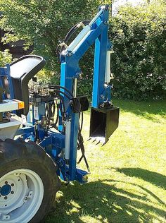 Gallery - Category: Customers Pics: Front End Loaders Bolens Tractor, Yard Tractors, Small Tractors, Compact Tractors, Homemade Tools, Diy Tools, Homemade Tractor, Tractor Accessories, Bobcat Skid Steer