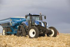 Find out more about the New Holland GENESIS® Series – Tier Tractors & Telehandlers range: browse the gallery, check out the technical specifications or find a dealer. New Holland Agriculture, New Holland Tractor, Ford Tractors, Farming, Planes, Trains, American, Malta, Tractors