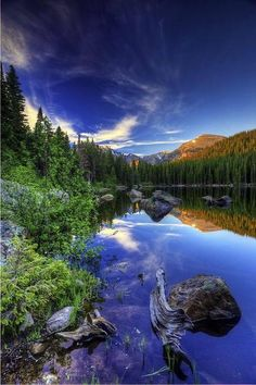 Bear Lake, Rocky Mountain National Park, Colorado; photo by Bern Harrison. (via Earth Pictures™ on Twitter)