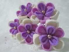 Ribbon Art, Ribbon Crafts, Flower Crafts, Cloth Flowers, Diy Flowers, Fabric Flowers, Felt Hair Accessories, Kanzashi Flowers, Felt Decorations