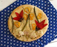 Homemade Focaccia Bread, Focaccia Recipe, Fruit Cake Watermelon, Fruit Cakes, Artesian Bread, Pretzel Roll Recipe, Decorating With Herbs, Easy Pizza Dough, Bread Art