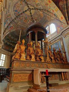#milano #mailand  (#italy #lombardy #lombardia #visititaly #discoveritaly #italianarchitecture #italianart #art #arthistory ) - Main altar of the #basilica  of San Marco