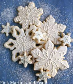 snowflake cookies via #TheCookieCutterCompany