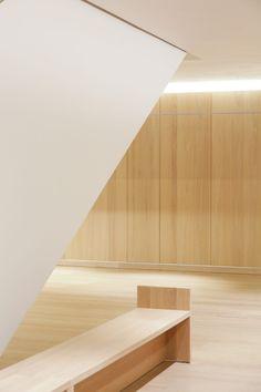 https://i.pinimg.com/236x/c0/21/06/c021061ee2a75dfa892a3329a8136085--john-pawson-design-museum.jpg