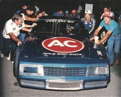 Dale Earnhardt winning a Nashville Busch race in 87 , sponsored by turbo blue & a delco Taylor Earnhardt, Dale Earnhardt Jr, Jeffrey Earnhardt, Terry Labonte, Late Model Racing, The Intimidator, Nascar Race Cars, Sports Art, Car Humor