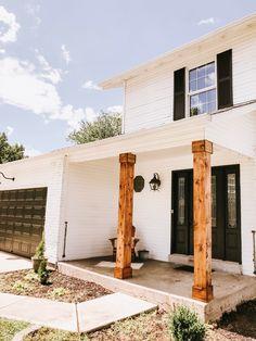 See our favorite exterior black paint color! Exterior Wood Stain Colors, Farmhouse Paint Colors, Porch Columns, Modern Farmhouse Exterior, Up House, House Painting, House Colors, Exterior Design, Neutral Paint