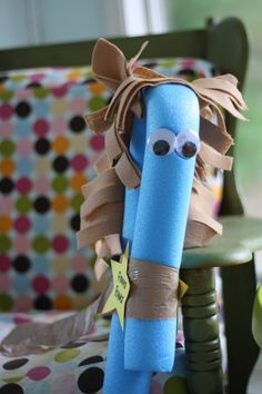 Summer Series- Pool Noodle Pony- Moms Without Answers. ** a friend had one of these. Crafts For Kids To Make, Projects For Kids, Art For Kids, Craft Projects, Summer Camp Crafts, Camping Crafts, Farm Animal Party, Bubble Guppies Party, Barn Wood Crafts