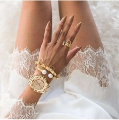 fashion, nails, and gold-bilde