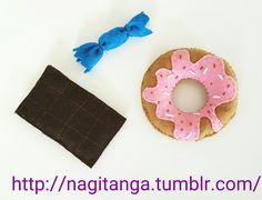 Süßigkeiten ais filz #felt #filz #feltfood #filzen #filzbasteln #basteln #diy #bastelei #bastelnmitkindern #bastelnfürkinder #einkaufsladen #selbstgemacht #handarbeit #bunt #kunterbunt #süßigkeiten