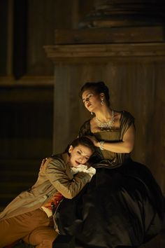 PASSIONATE DUO: Marianne Crebassa & Olga Peretyatko as Cecilio & Giunia in Mozart's Lucio Silla, Salszburg Festival 2013 - Photo: Matthias_Baus