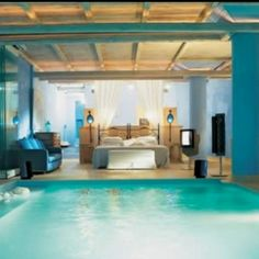 bedroom with a pool in it :O