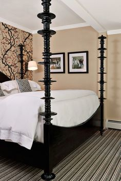 King Rooms measure 250 square feet and have an elegant, contemporary look. #Jetsetter