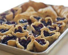 this fresh Blueberry Dessert Bruschetta. | Recipes: Blueberry Desserts ...