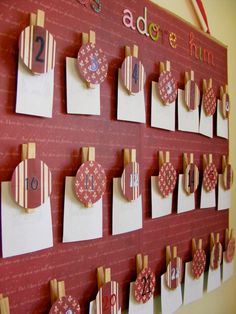 Super sweet and easy advent calendar tutorial.
