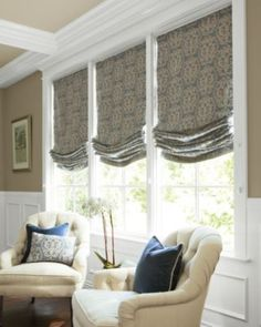Traditional Window Treatment Idea For Living Room