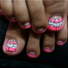 Toenail art Cute Pedicures, Pedicure Nails, Shellac Nail Colors, Pink Nails, Pedicure Designs, Toe Nail Designs, Feet Nails, Toenails, Painted Toes