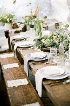 Flora Table Setting // Follow us on Instagram and Facebook: @thebohemianwedding #rusticwedding #tablesetting