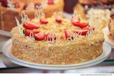 Blätterteigkuchen mit Milchmädchencreme Kuchen Stöpka raströpka - Торт Степка-растрепка - Russische Rezepte