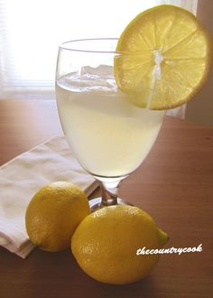 Fresh Squeezed Lemonade~With a Twist