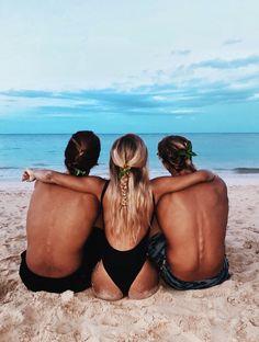 Mylifeaseva - Eva Gutowski - Hawaii
