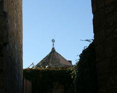"""#Córdoba - #Lucena - Cúpula de la Iglesia de San Mateo vista desde el Castillo del Moral. 37º 24' 30"""" -4º 29' 1"""" Data de los siglos XV-XVI."""