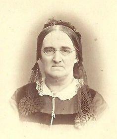 CDV Photo Older Victorian Woman Fancy Dress lappets lace| eBay