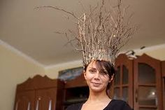 Great for Halloween. Baby G, Summer Solstice, Twiggy, The Crown, Image Shows, Diy Crafts, Costumes, Halloween, Floral
