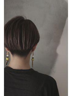 girls barber/corsair 【コルサー】をご紹介。2018年春夏の最新ヘアスタイルを300万点以上掲載!ミディアム、ショート、ボブなど豊富な条件でヘアスタイル・髪型・アレンジをチェック。