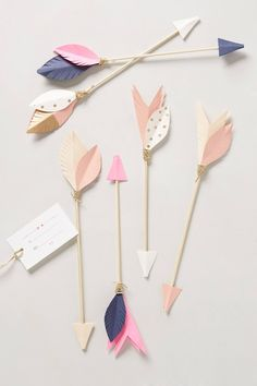 Ornamental Arrows :: paper, dowel and wrapped cord, so make them