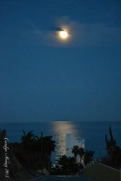 Full moon Cabo. Please give me credit when sharing or posting this photo. Thank you.