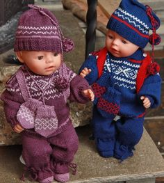 The ultimate doll sweater knitting pattern of the year Baby Born Clothes, Preemie Clothes, Knitting Dolls Clothes, Crochet Doll Clothes, Knitted Dolls, Doll Clothes Patterns, Baby Born Kleidung, Baby Girl Crochet, Sweater Knitting Patterns