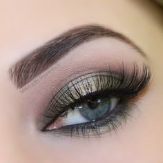 This lovely look by jess helfrich demonstrates just how wearable greens can be! She used Makeup Geek's signature eyeshadows in Dirty Martini and Barcelona Beach + Makeup Geek's foiled eyeshadows in Charmed and Starry Eyed.