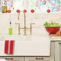 Dream Kitchen Must-Have Design Ideas | Vintage-Inspired Farmhouse Sink