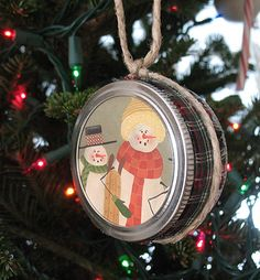 Mason Jar lid Christmas ornament