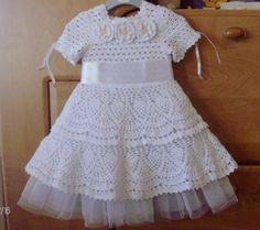 Vestido-de-menina-artesanal-crochê-bebê-vestido-infantil-roupas-primeira-rendas-roupa-vestido-recém-nascido-d55.jpg (600×532)