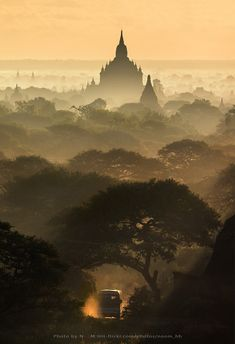 Bus in Bagan by monthon wachirasettakul on 500px