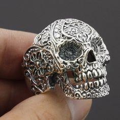 Solid 925 Sterling Silver Mens Skull Biker Ring 8V001  63.00 Ювелирные  Изделия С Черепом 46275687bac72
